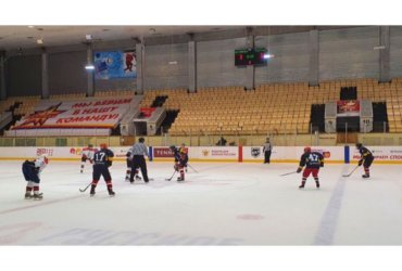 Дебют ХК «ГидроКуб» в НХЛ