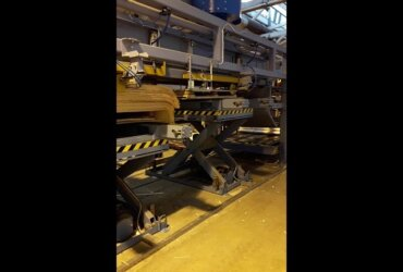 Scissor Lift by HydroCube in Wood Processing, Production of Veneer for Plywood