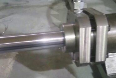 Screw-Retained Hydraulic Cylinder Testing