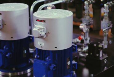 Hydraulic Power Pack for Working with Hydrostatic Linear Guides