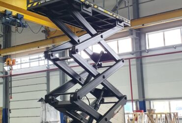Hydraulic load lift