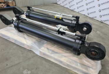 Mill type hydraulic cylinders, stroke 1300