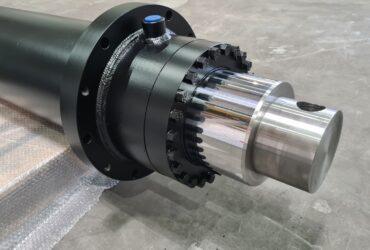 Welded hydraulic cylinder 12560
